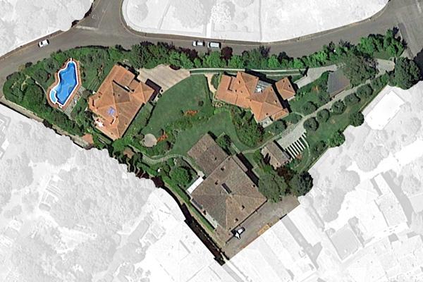 Parco privato per un complesso di tre Ville