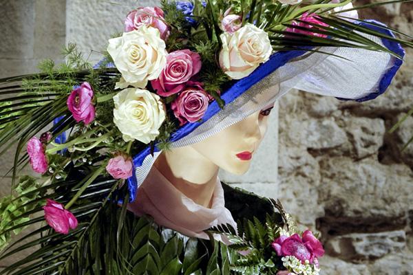 """Decorazione Floreale – Mostra collettiva """"Passeggiata Fantastica"""""""